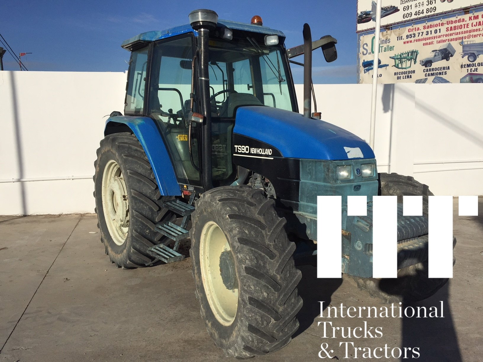 Tractor agricola New Holland TS 90 - 1