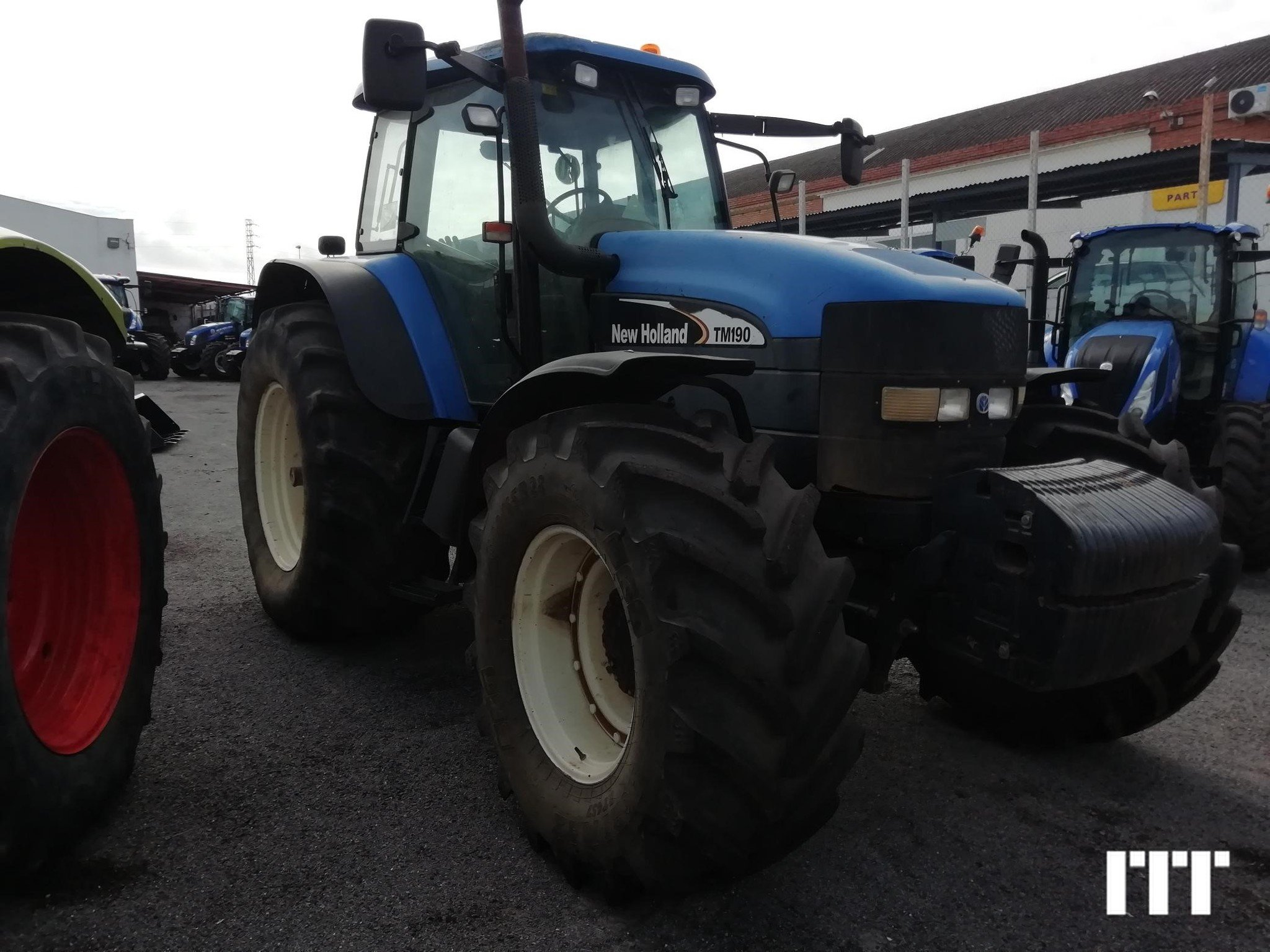 Tractor agricola New Holland TM 190 - 1