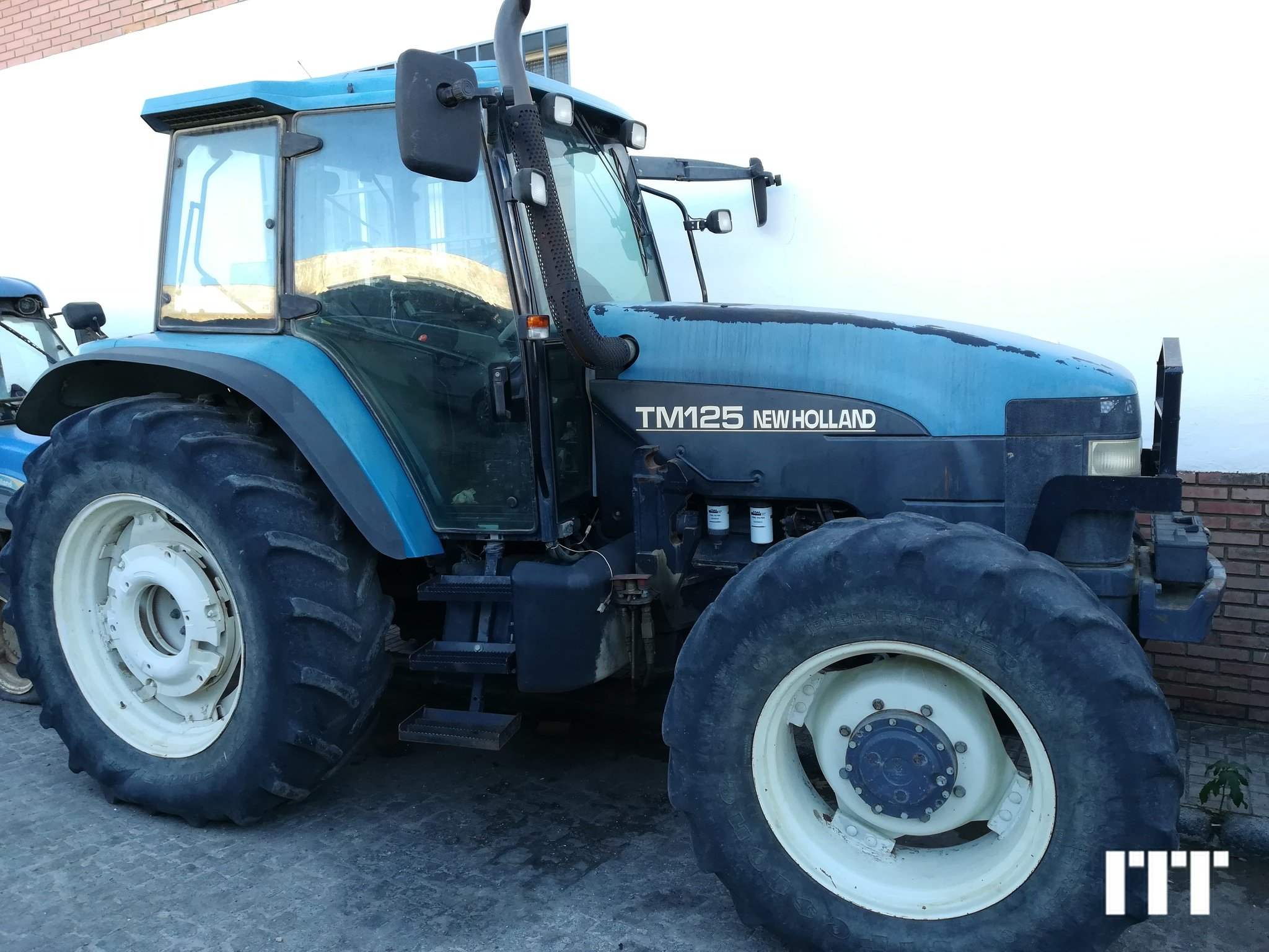 Tractor agricola New Holland TM 125 - 1